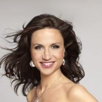 Swedes not too thrilled with Petra Mede